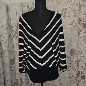 BOSTON PROPER Dolman Sleeved top Size Small